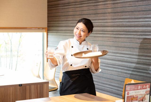 株式会社サルーン 調理・接客・店舗運営管理 イメージ